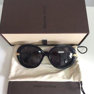 Louis Vuitton Anthea Black Sunglasses
